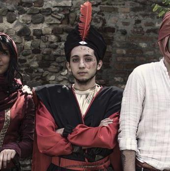 Jafar va a un LARP