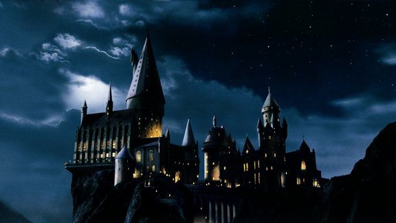 hogwarts harry potter lucca comics and games