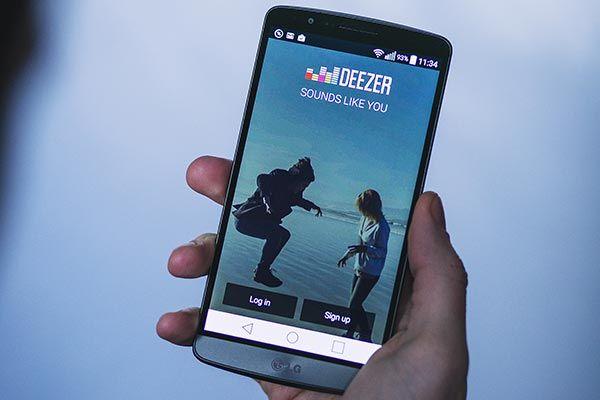 Deezer su smartphone