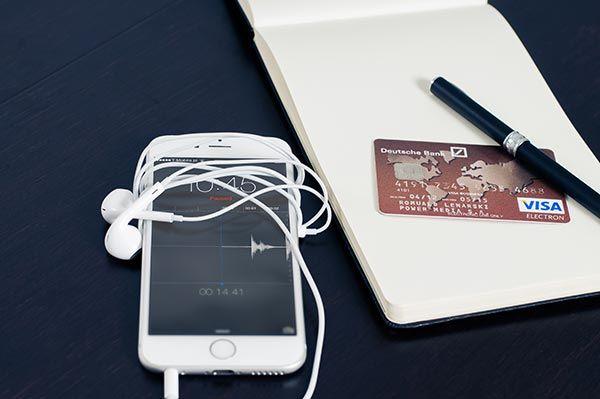 Pagamenti online, pagamenti PayPal, carta Visa PayPal, carta PayPal, acquistare online