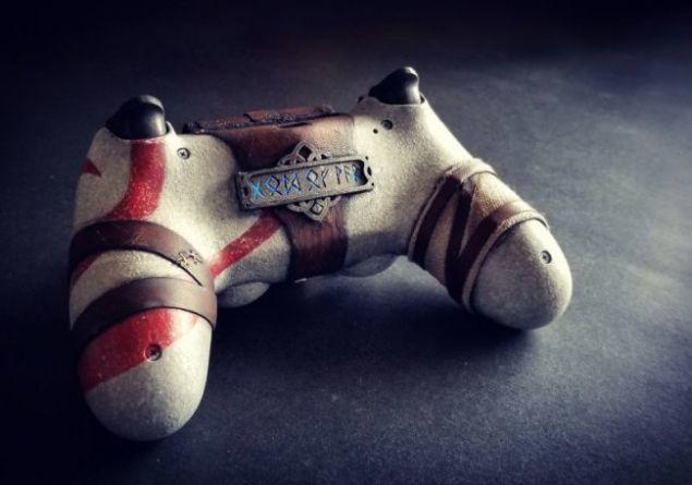 god-of-war-utente-realizza-controller-personalizzato