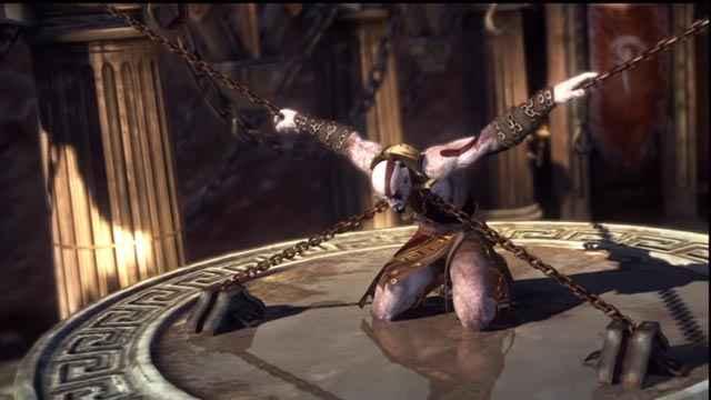 Kratos incatenato dentro il Centimane Briareo in God of War: Ascension