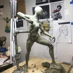 scultura di aloy durante la realizzazione