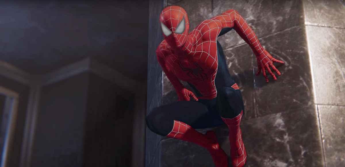 Screenshot da Marvel's Spider-Man che ritrae il costume dello Spider-Man di Sam Raimi