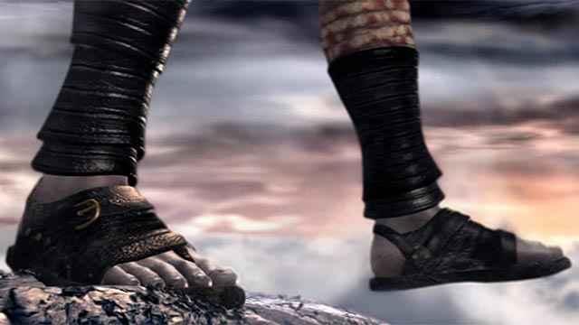 Kratos si suicida gettandosi dalla rupe più alta della Grecia