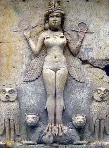 Un bassorilievo della Inanna / Ishtar dei miti mesopotamici