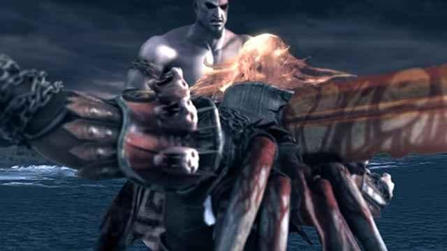 Kratos uccide Ares trafiggendolo con la Spada degli Dei