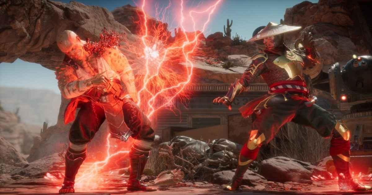 Screenshot di Mortal Kombat 11 che raffigura Raiden fulminare un Baraka