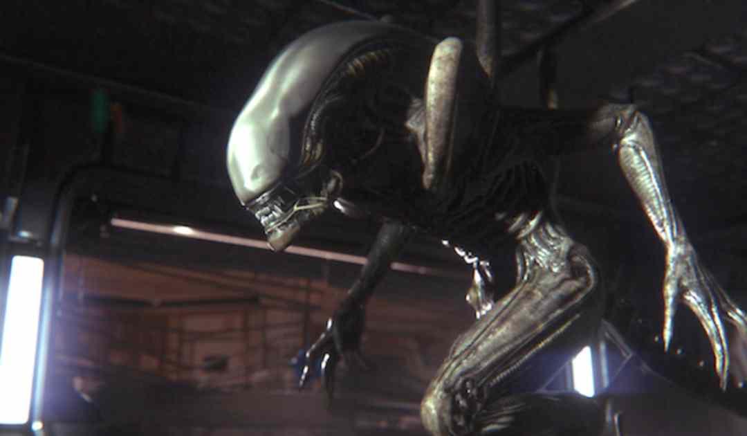 Screenshot del terribile e minaccioso Xenomorfo di Alien: Isolation