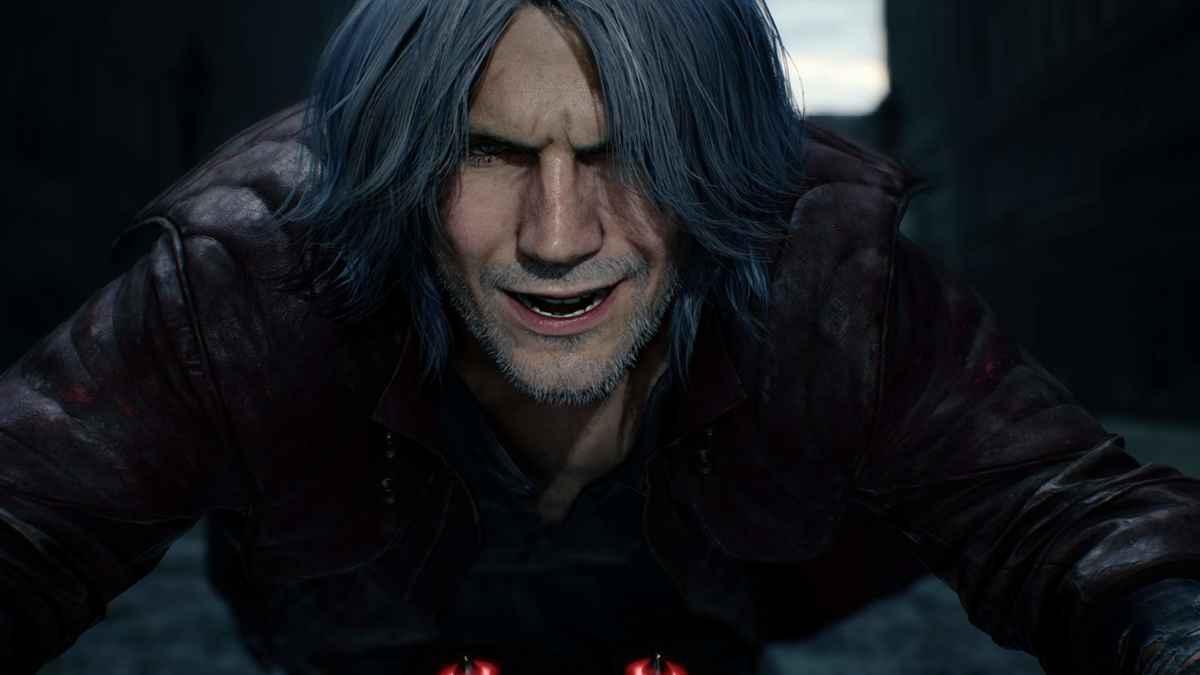 Screenshot da Devil May Cry 5 che raffigura Dante sulla sua motocicletta