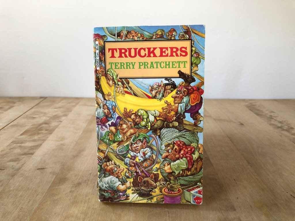 ecco l'opera di pratchett truckers in lingua originale