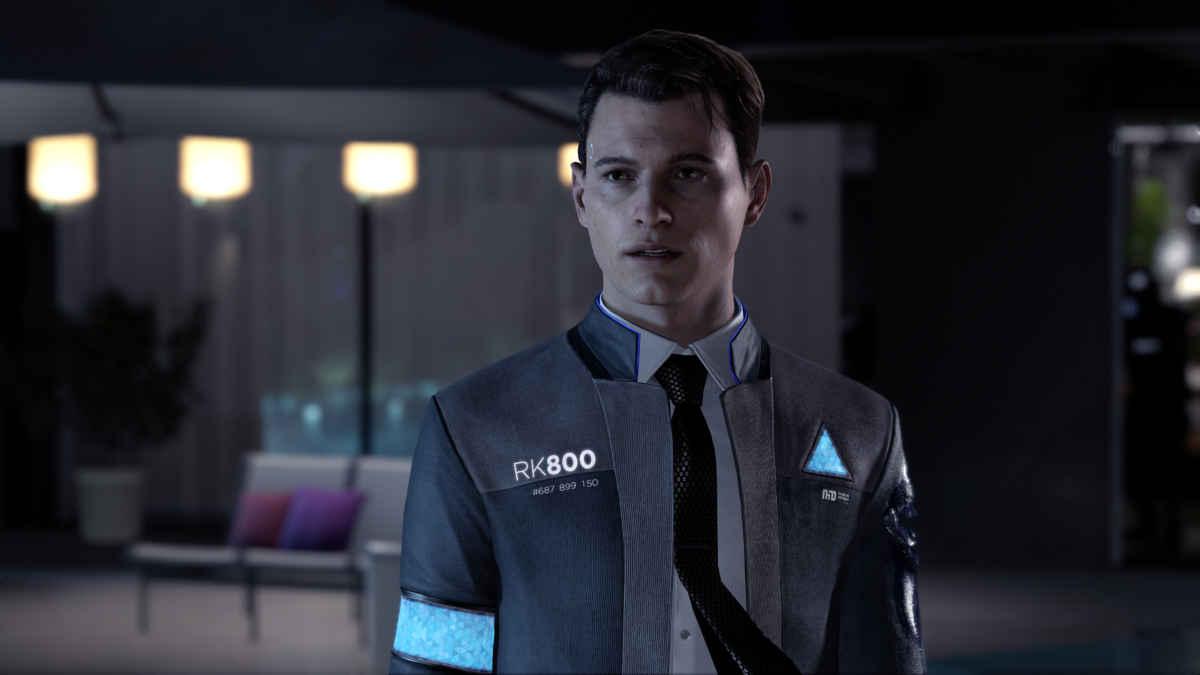 Screenshot da Detroit Become Human che raffigura Connor, uno dei tre protagonisti