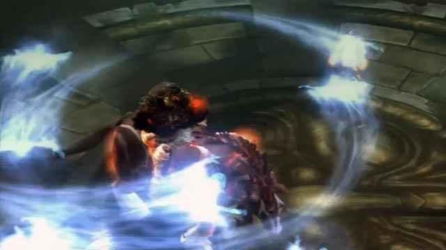 Lo scontro fra Kratos e Alrik in God of War 2