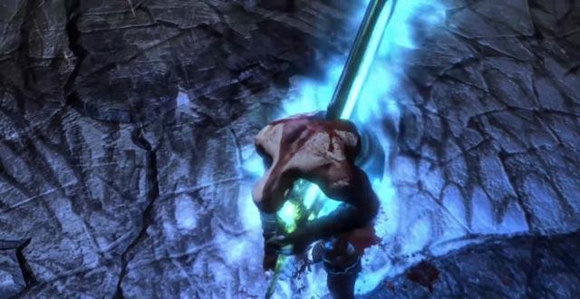 Il suicidio di Kratos, che si trafigge con la Spada dell'Olimpo