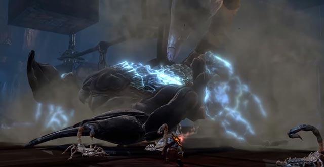 Kratos affronta Skorpius per arrivare al Labirinto di Dedalo