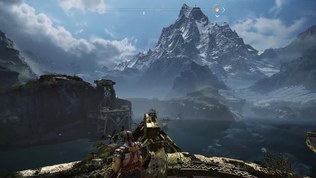 Kratos e Atreus osservano lo specchio d'acqua del Lago dei Nove in God of War (2018)