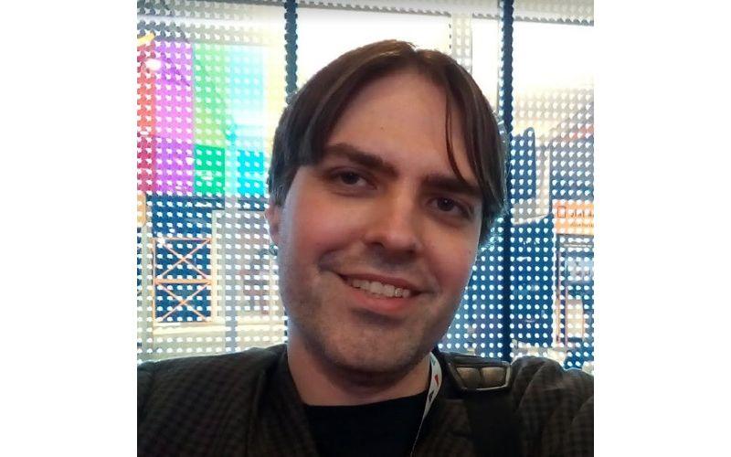 Una fotografia di Vince McMullin, CEO di TurboPlay