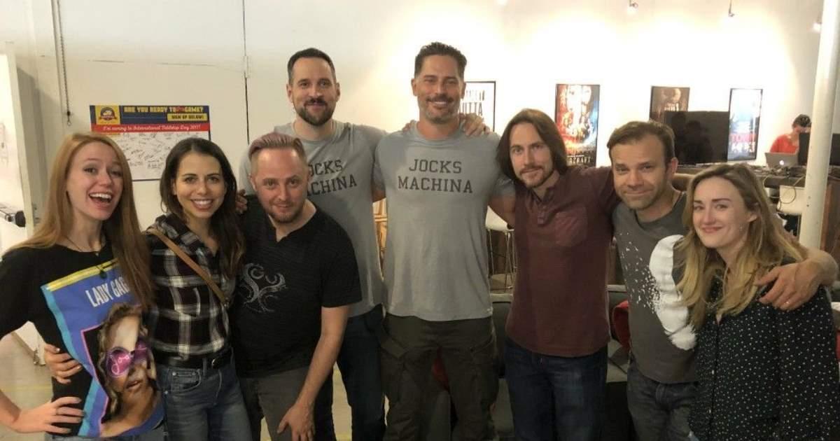 Joe Manganiello insieme al cast di Critical Role