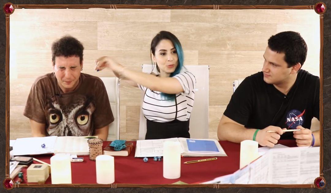 Screenshot dal Sesto Episodio di Luxastra 2 che mostra Shiran prendere le penne di Hann
