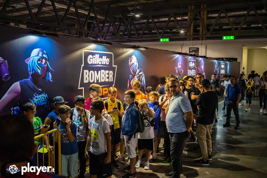 bimbi in fila alla milan games week 2019