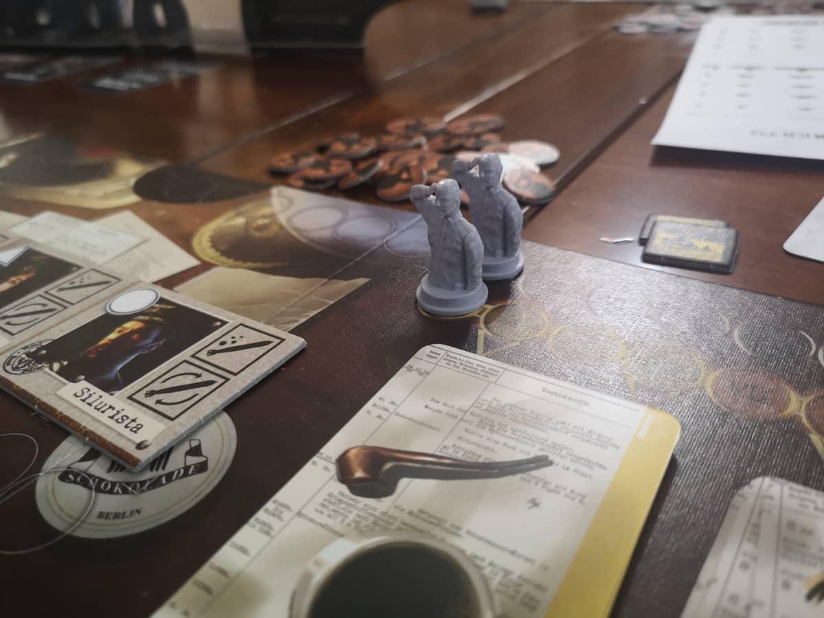 il tracciato morale e ordini sulla plancia del capitano