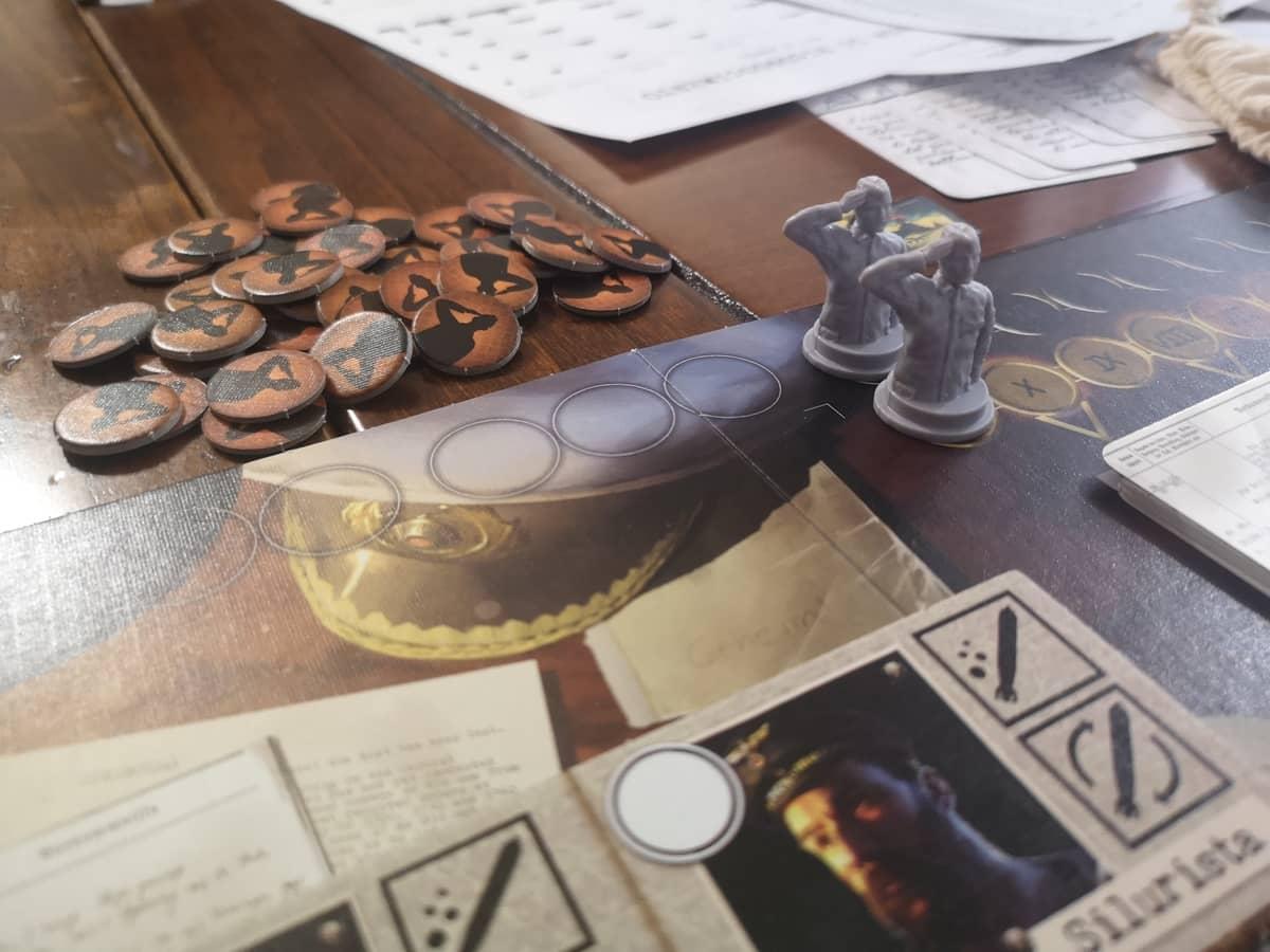 le miniature dei tracciati ordini e morale sulla plancia del capitano