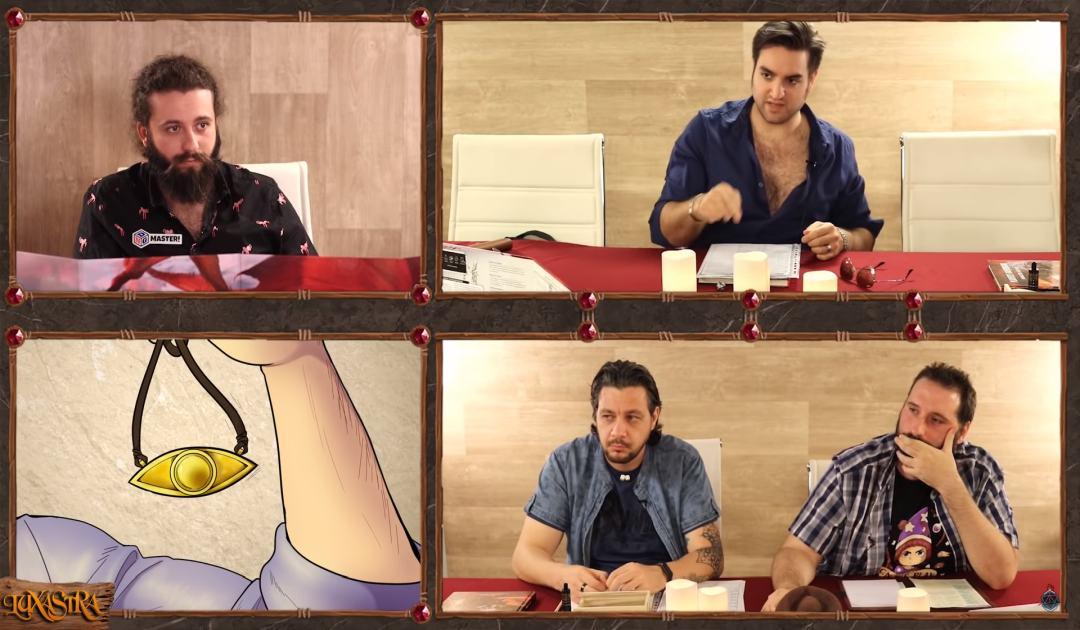 Screenshot dall'episodio 10 di Luxastra in cui Rendar mostra il proprio amuleto