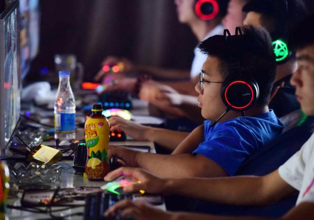 In Cina sarà obbligatorio usare il nome reale come username e riconoscimento facciale per gli accessi nei videogiochi online