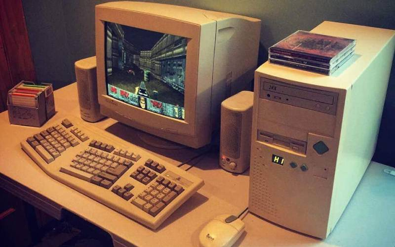 PC anni '90, postazione PC anni '90, 90's PC gaming