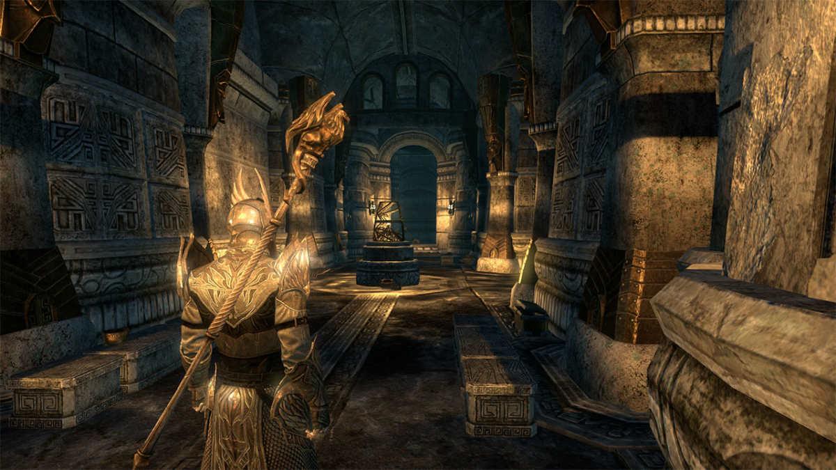 Il mio personaggio, un Nord Templar, che esplora rovine Dwemer in The Elder Scrolls Online