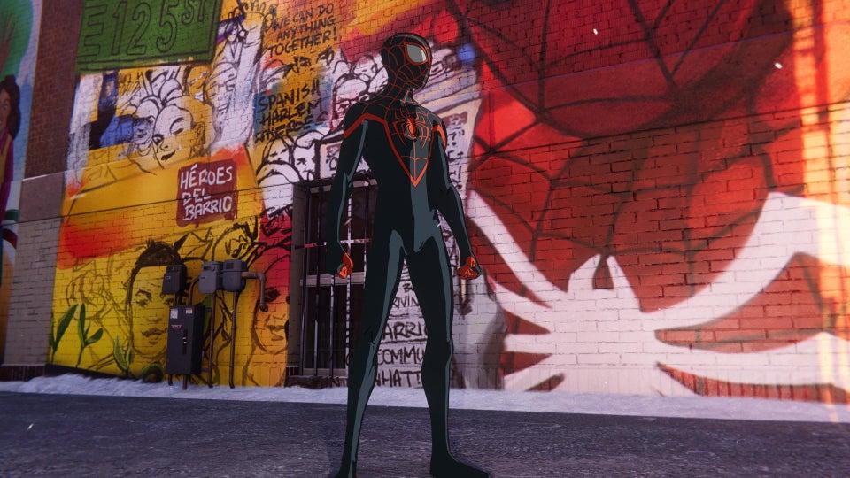 spider-man miles morales costume animato