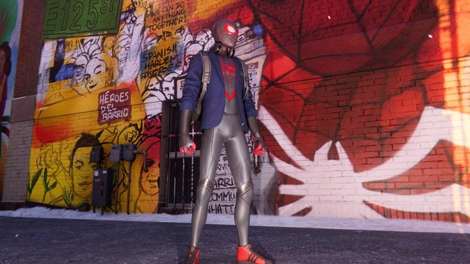 spiderman tutti i costumi