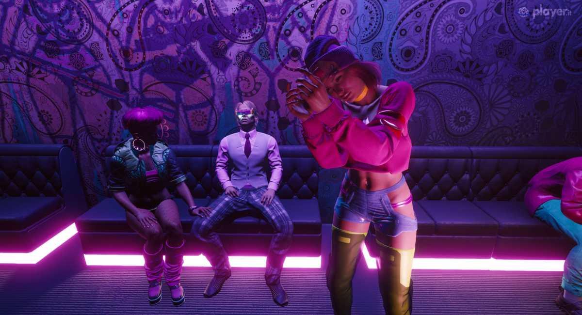 una doll che balla in cyberpunk 2077