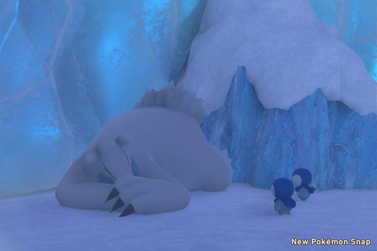 Due Piplup prendono in giro un Beartic dormiente